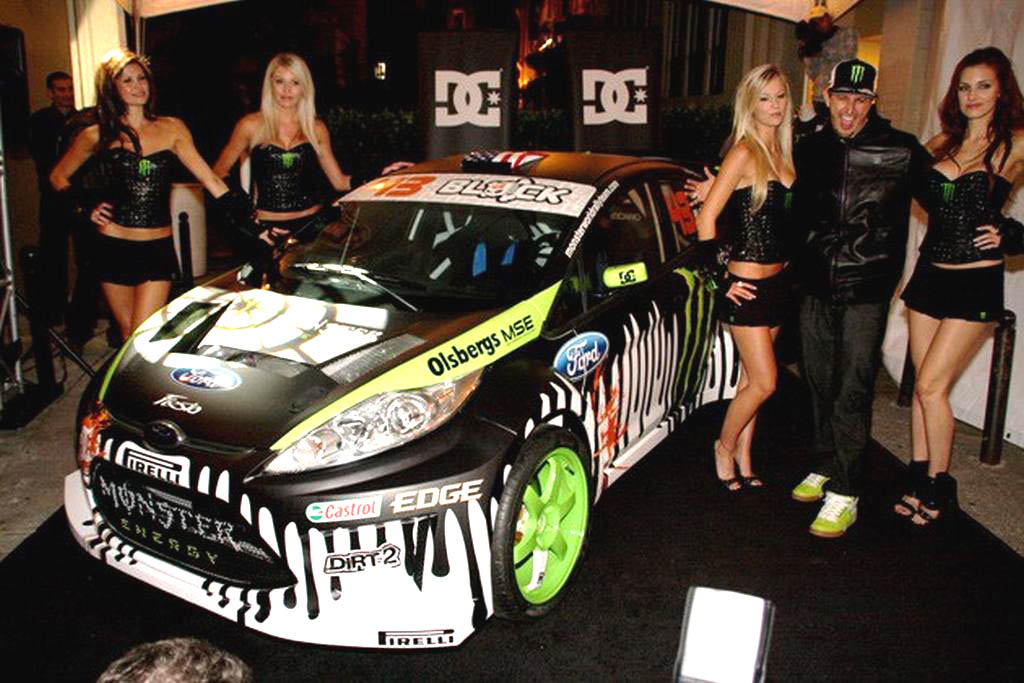 ken-block-rlally-wrc-fiesta-2011-monster-girls-sexy003-1298790035