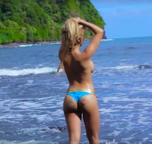 hot ass girls in thongs